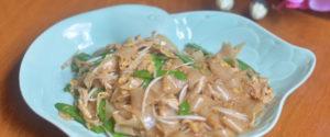 Pad see eiw - stir-fried noodle